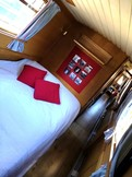 Fixed double berth
